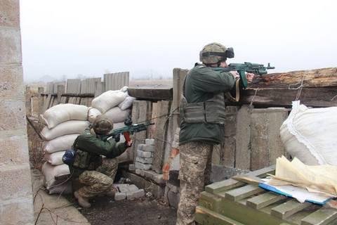 Three Ukrainian troops said killed in east on 15 Feb