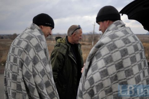 Three Ukrainians said released from separatist captivity