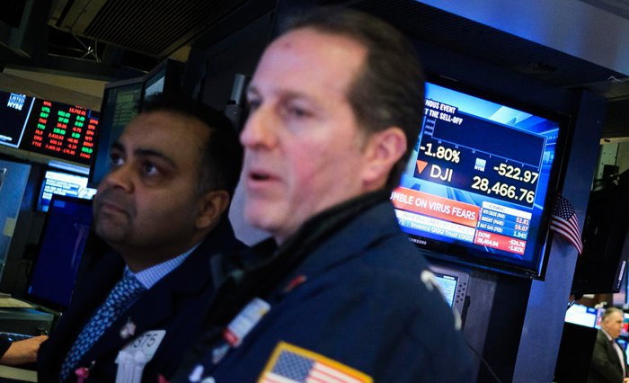 New York Stock Exchange traders, 27 January 2020