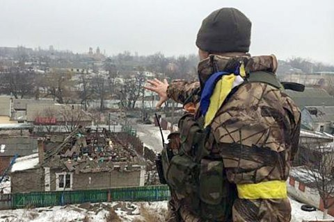 Two Ukrainian soldiers wounded in Donbas over past day