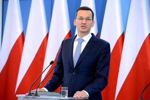 "Polish PM: ""tens of thousands fled the war in Ukraine"""