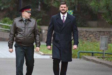 Mykolayiv governor interviewed in hero pilot's suicide case