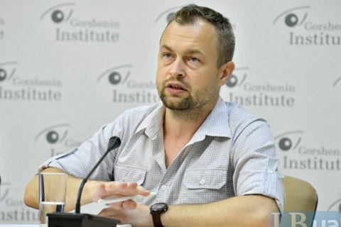 "Ukraine needs Western assistance to create ""mosquito fleet"" - military expert"