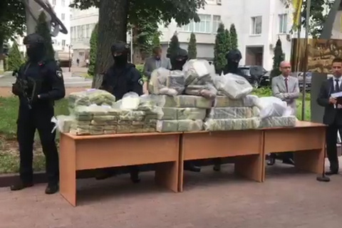 Police seize 400 kg cocaine worth $60m