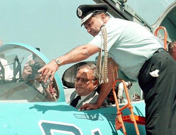 An Indian officer and India's Deputy Defence Minister Anhid Kumar at the presentation of the jet fighter Su-30MK-6, which was developed by Russia specifically for India, 15 June 1998.