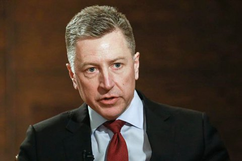 Volker gives Surkov lists of prisoners in Donbas
