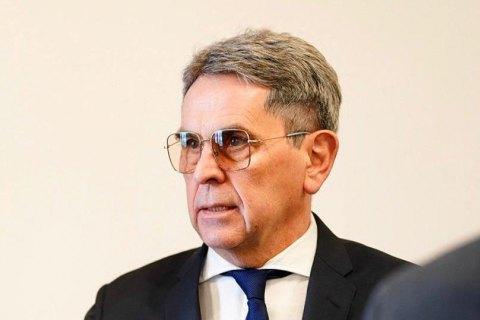 Health minister wants MPs to take coronavirus tests