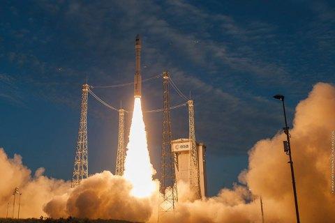 Vega rocket launches Aeolus satellite