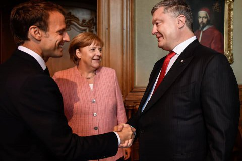 Poroshenko, Merkel, Macron plan Normandy meeting