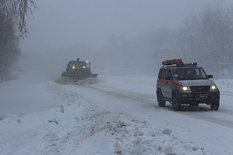 Nearly thousand settlements blacked out by snow storms