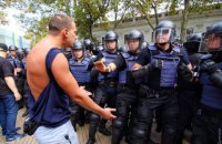Odesa council adjourns session amid riots