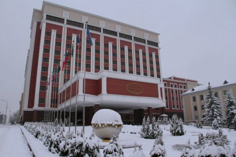 Trilateral contact group on Donbas takes off in Minsk