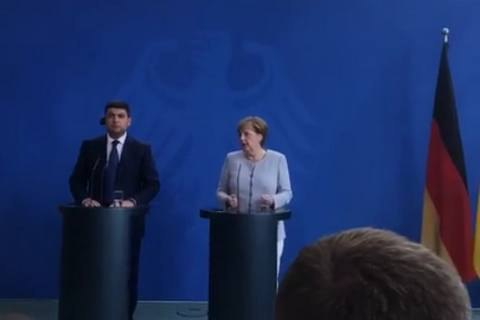 Merkel sees no prerequisites for elections in Donbas