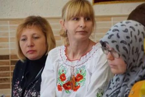 Ukrainian activist leaves Crimea after FSB searches