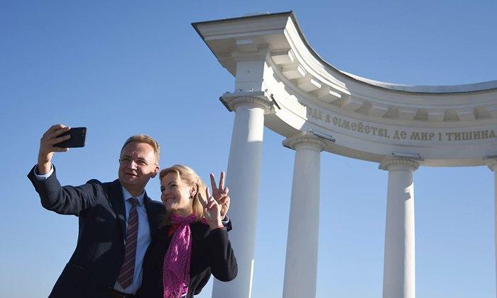 Andriy Sadovyy and his wife Kateryna