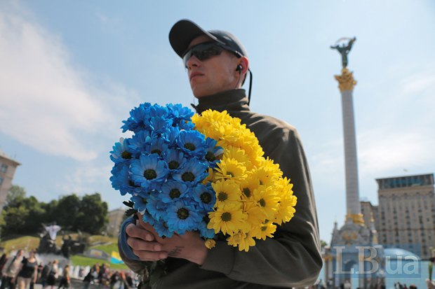During the farewell ceremony to a deceased Ukraine defender on the Maidan