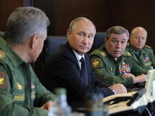 Russian Defence Minister Sergey Shoygu, President Vladimir Putin and Chief of the General Staff Valeriy Gerasimov