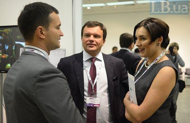 Sonya Koshkina, Gorshenin Institure Vice-President Oleksiy Leshchenko (left), Kharkiv city councillor Taras Sytenko