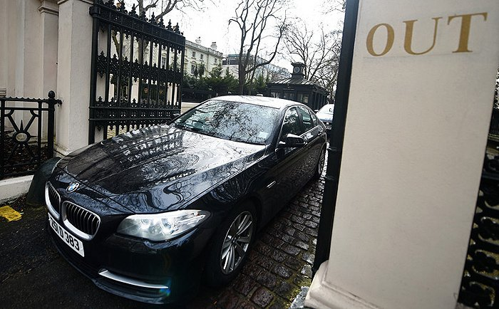 A diplomatic car leaves the Russian Embassy in London, 20 March 2018.