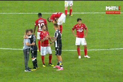 PAOK's Khacheridi irks Spartak fans with ankle guards