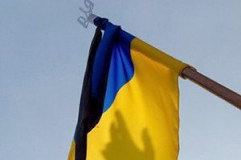 One serviceman killed, two wounded in Donbas