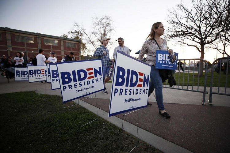 Biden's supporters in Los Angeles