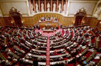 French Senate favours lifting sanctions on Russia