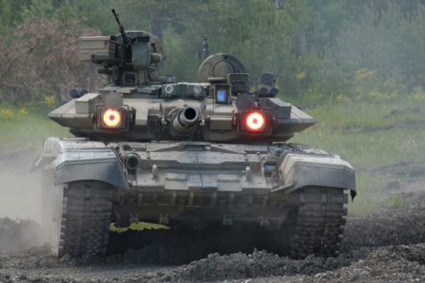 Bellingcat: Russia used its most powerful T-90 battle tank in Donbass