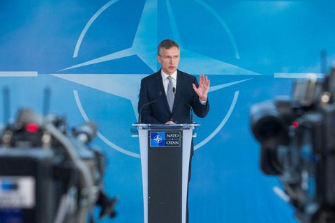 NATO chief: Russia masses troops along Ukrainian border