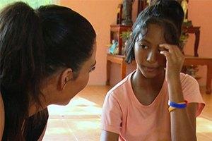 Ким Кардашьян собирается усыновить ребенка из Таиланда