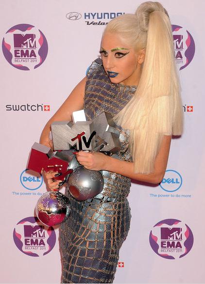 Леди Гага завоевала 4 статуэтки MTV
