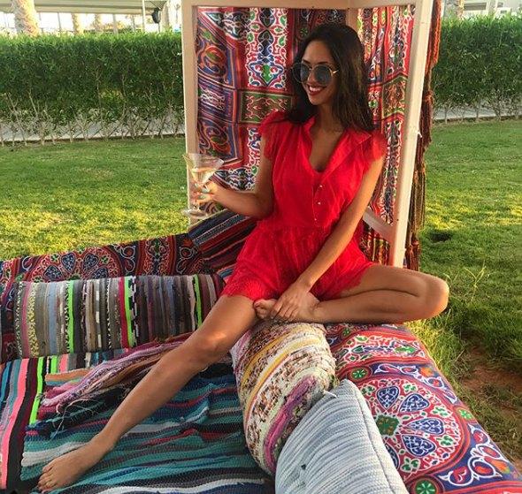 Вика в Египте примерила на себя образ восточной красавицы