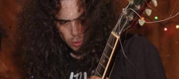 Гитарист группы Anal Cunt умер после падения с эскалатора