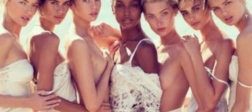 Соблазнительные сирены: ангелы Victoria's Secret разделись в морских волнах