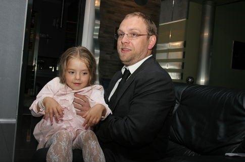Сергей Власенко с дочкой