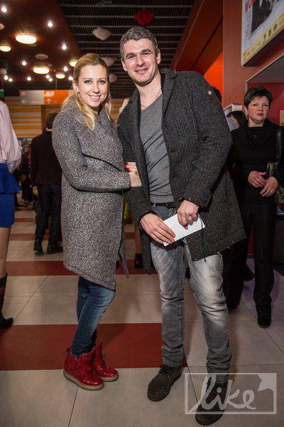 Молодые родители Тоня Матвиенко и Арсен Мирзоян