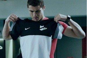 Роналду будет носить футболки детского размера