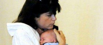 Сельма Блэр на кинофестивале укачивала младенца