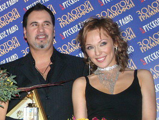 Джанабаева увела Меладзе у жены и троих детей