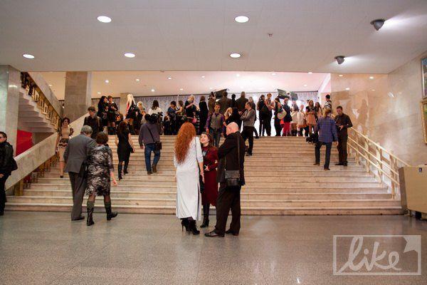 """Красную дорожку церемонии расстелили на втором этаже Дворца """"Украина"""""""