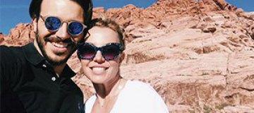 Бритни Спирс показала нового возлюбленного