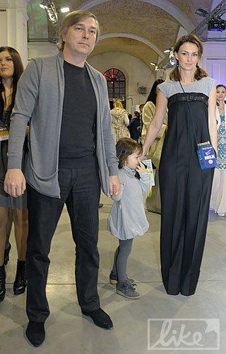 Медийная семья Сергей Созановский и Ирина Костюк с дочерью