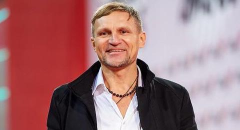 Олег Скрипка рассказал, как попал под обстрел