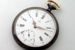 Жителю США вернули часы, пропавшие более 50 лет назад