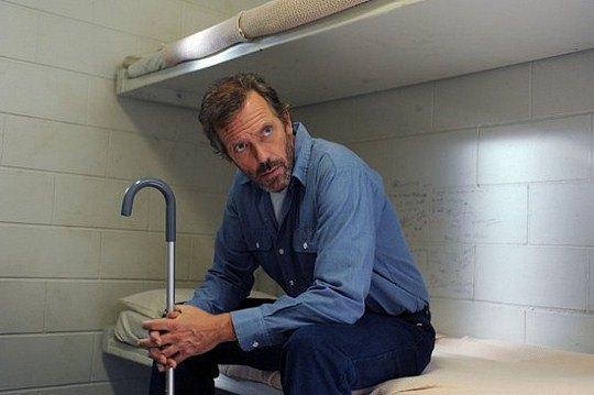 В последнем сезоне Доктор Хаус попадает в тюрьму