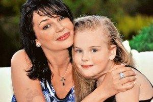 Жена Абдулова показала пятилетнюю дочь