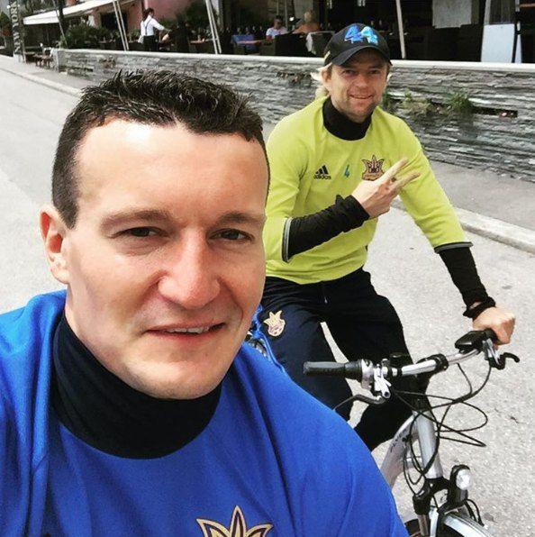 Артем Федецкий и Анатолий Тимощук успевали совершить велопрогулки