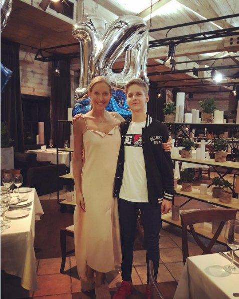 Катя Осадчая с сыном