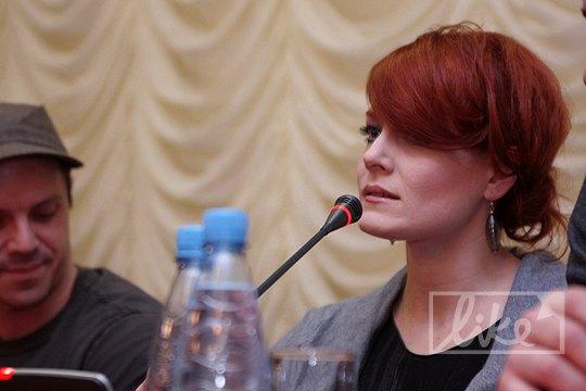 Ана призналась, что ей понравился украинский борщ