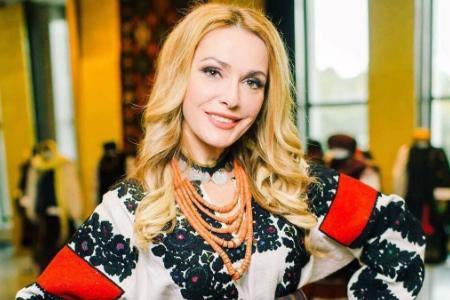 Украинские звезды похвастались вышиванками